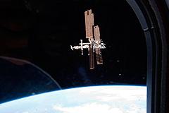 МКС ушла от космического мусора