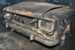 Поджигатели машин вернулись