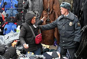 Россия: Мигрантов потянут за язык