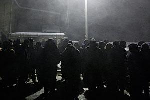 Цхинвали: митингующие жгут костры