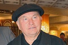 Лужкова снова ждут в Москве