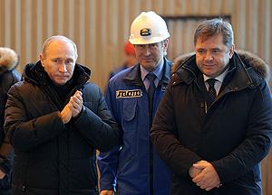 Владимир Путин вкрутил лампочку