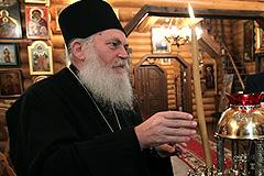 Патриарх Кирилл вступился за настоятеля Ефрема