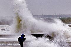 Тайфун обойдет саммит стороной