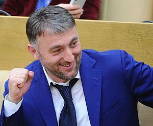 Интерпол отозвал розыск Адама Делимханова