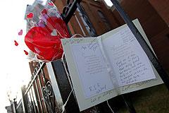 Смерть Уитни Хьюстон: нет ответов
