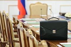 Путин выдвинул в премьеры Медведева