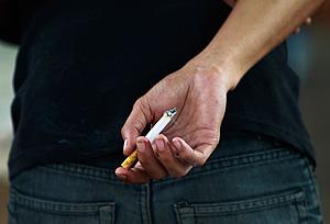 Закон против курения ушел на доработку