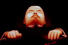 Мединский предлагает похоронить Ленина