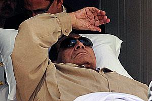 Хосни Мубарак умирает