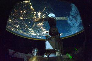 Россия не успевает в космос