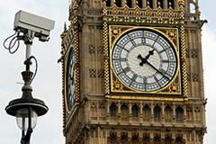 Лондон не помогает