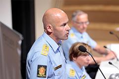 Глава полиции ушел из-за Брейвика