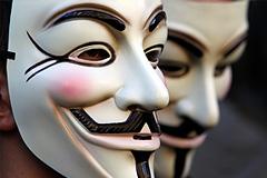 Сайт суда призывал освободить Pussy Riot