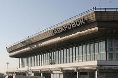 В Хабаровске экстренно сел самолет
