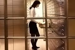 Спасайте деньги на рублевых депозитах