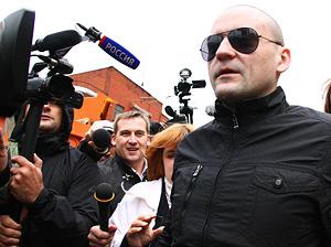 Удальцов рассказал про поиск денег