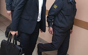 Окопный и оппозиция встретятся в суде