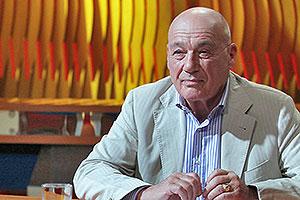 Владимир Познер не скрывает доходов