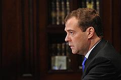 Медведев призвал не изобретать рейтинги