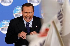 Берлускони угрожает евро