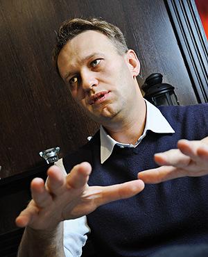 Адвокатский статус Навального под сомнением