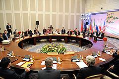 """Иран и """"шестерка"""" провели переговоры"""