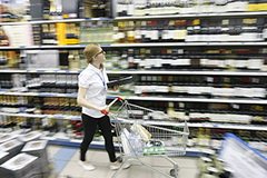Инфляция отнимает у людей счастье