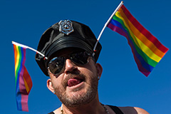 Геи согласовывают парад и митинг