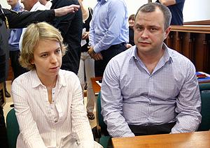 Дети Политковской не пришли в суд
