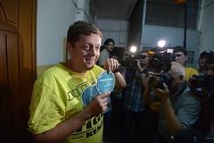 К сторонникам Навального пришли за агитматериалами