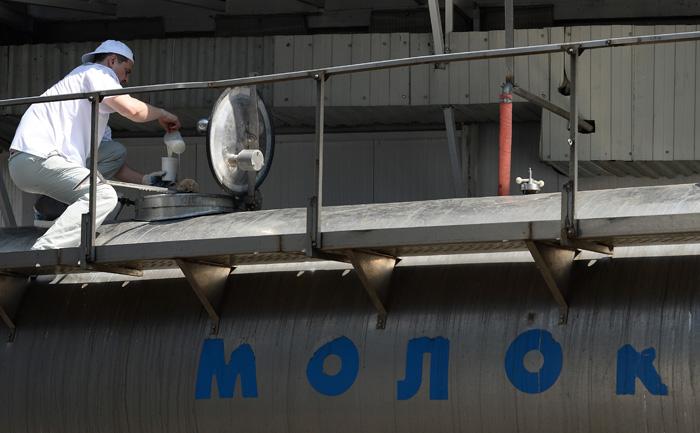 Онищенко недоволен белорусским молоком