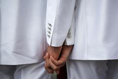 Геев могут лишить родительских прав