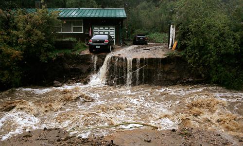 Более 500 человек числятся пропавшими без вести в американском штате Колорадо вследствие продолжающихся наводнений