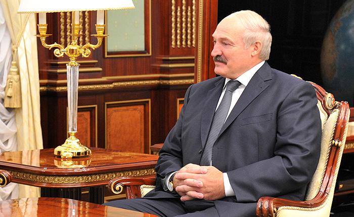 """Лукашенко """"не держится за Баумгертнера"""""""