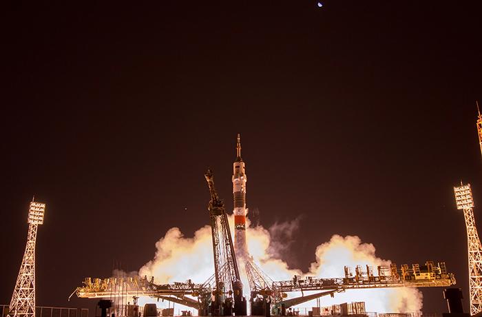 Космонавты приняли полугодовую вахту