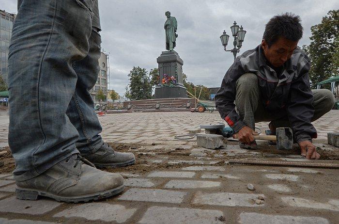 Гражданам Таджикистана увеличат срок работы