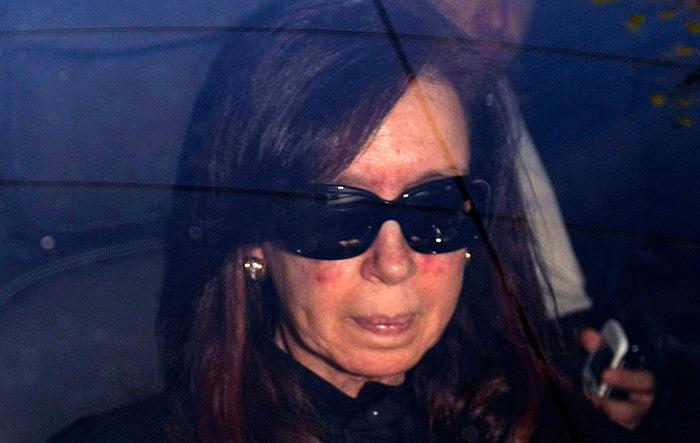 Аргентина ждет возвращения президента к работе