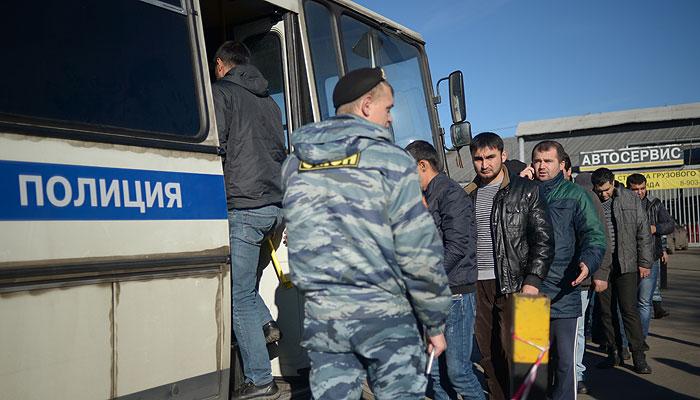 На овощебазе в Бирюлево задержаны 1200 человек
