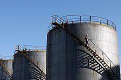 Риск падения цен на нефть вырос