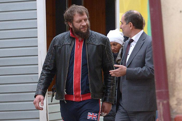 Александру Емельяненко грозит арест по делу об изнасиловании домработницы