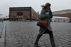 На Красной площади разбирают чемодан