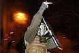 """Часть участников митинга, который состоялся в воскресенье в центре Киева, покинула место проведения мероприятия. Покинули акцию в основном люди, которые после окончания шествия из парка Шевченко не поместились на Майдане Независимости и стояли по ул.Крещатик в сторону Бессарабской площади, передает корреспондент агентства """"Интерфакс-Украина""""."""
