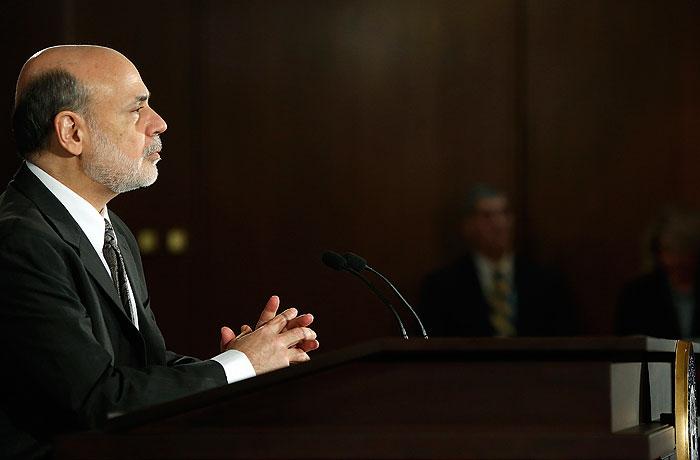 Бернанке прочит экономике США значительный подъем в 2014 году