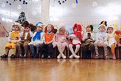 """Почти 80 детей остаются без семьи из-за """"закона Димы Яковлева"""""""
