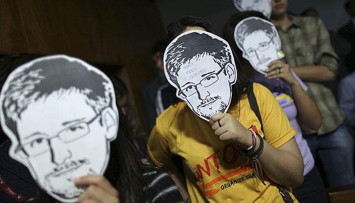 Конгрессмены США обвинили Сноудена в сотрудничестве с российской разведкой
