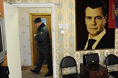 Московские ОВД оснастят стеклянными дверями