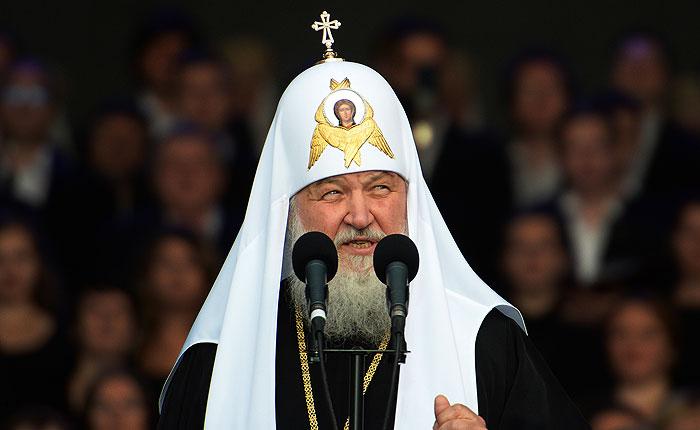 """Патриарх Кирилл призвал вернуть """"положительного современного героя"""""""