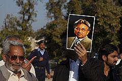 Суд выдал ордер на арест экс-президента Пакистана Первеза Мушаррафа