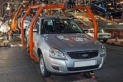"""Продажи """"АвтоВАЗа"""" в России снизились в январе почти на четверть"""